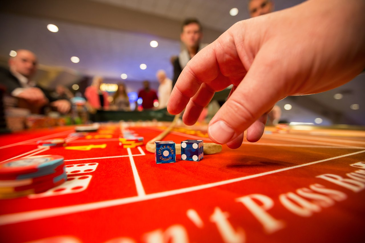 Why You Should Play Craps Online